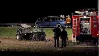 preview picture of video 'Tödlicher Unfall auf der B 176 im Landkreis Gotha'