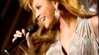 Music News Europe Music Awards (Justin Timberlake, Beyonce, Christina Aguilera, Kelly Osborne) 2003