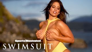Ashley Graham's Jaw-Dropping Spin On The Typical Swimsuit | Candids | Sports Illustrated Swimsuit