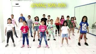 IKAN ASIN DANCE KIDS | GOYANG IKAN ASIN ANAK