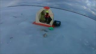 Зимняя рыбалка на заливе финском