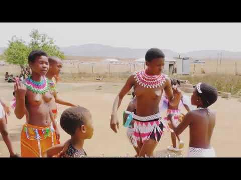 Izintombi dance at africa