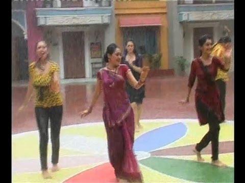 Rain dance scene-SAB TV comedy show Taarak Mehta Ka Oolta Chashma-Ladies enjoying dance in rain