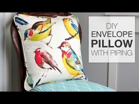 DIY Envelope Pillow with Piping