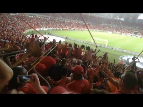 """Inter 1x0 The Strongest - Pós Gol - Guarda Popular"" Barra: Guarda Popular • Club: Internacional • País: Brasil"