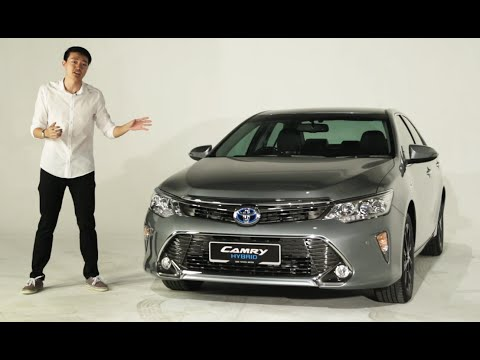 Toyota Camry Hybrid Walk-Around Tour