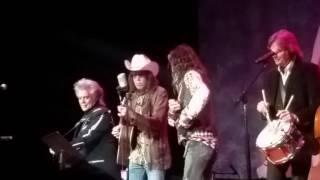 Steven Tyler - All For The Love Of A Girl (6/8/2016) Ryman Auditorium,  Nashville, TN
