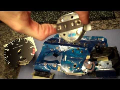 4 of 5) VW Golf MK2 How to remove/replace speedo from dash