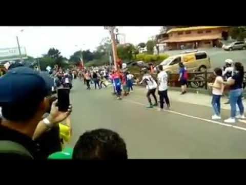 caida de Nairo Quintana,tour 2.1 Colombia