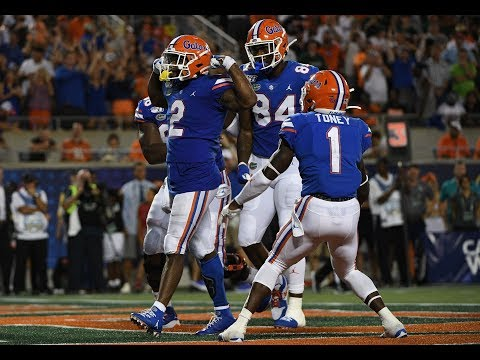 Florida Outlasts Miami 24-20, In First Game Of 2019 CFB Season | Highlights Mix