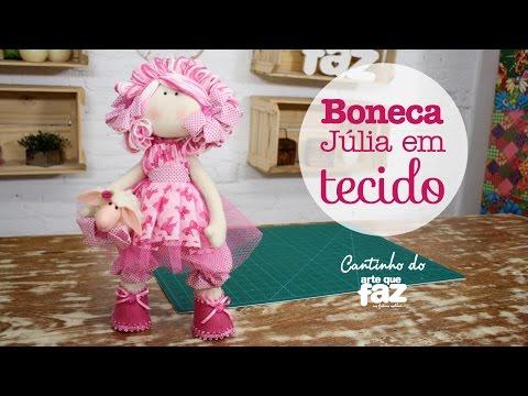 Boneca Júlia em tecido