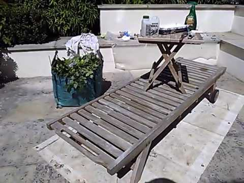 Deck chair cleaning and teak oil cupernol