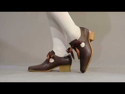 PRE-ORDER Nell Women's 17th Century Leather Shoes (Brown)