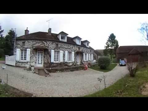 Belle propriété de 3 maisons