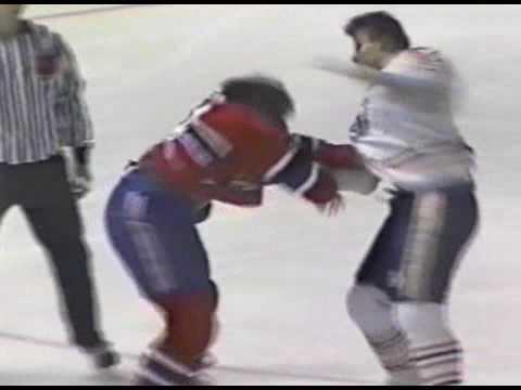 Gord Donnelly vs Lyle Odelein