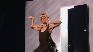 Жестовый язык на шоу ТАНЦЫ в исполнении Саши Смирной и Маши Худорожковой