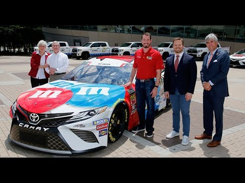 Kyle Busch: Honored to pay tribute to fallen solider