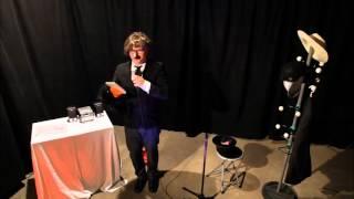 Stanislaus Schmadtke - Erste Live Performance