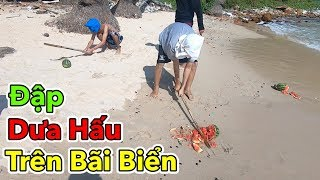 Lâm Vlog - Trò Chơi Thử Thách Bịt Mắt Đập Dưa Hấu Trên Bãi Biển Nam Du