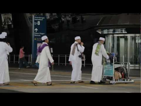 "AlMawlid's ""Menuju ke Madinah"" official video"