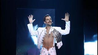 Agoney imita a Freddie Mercury de Queen en 'I was born to love you' - Tu Cara Me Suena