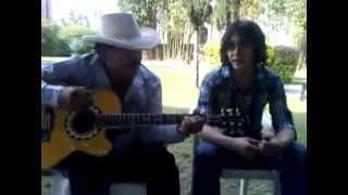 #Throwback Joan Sebastián cantando con su hijo Julián.