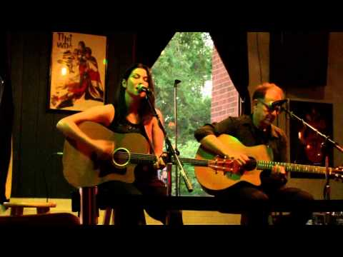 Red Roses and White Whiskey (Live @ Millennium Maxwell House Hotel)