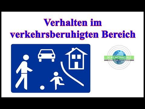 Verhalten im verkehrsberuhigten Bereich - Fahrstunde - Prüfungsfahrt - Schrittgeschwindigkeit