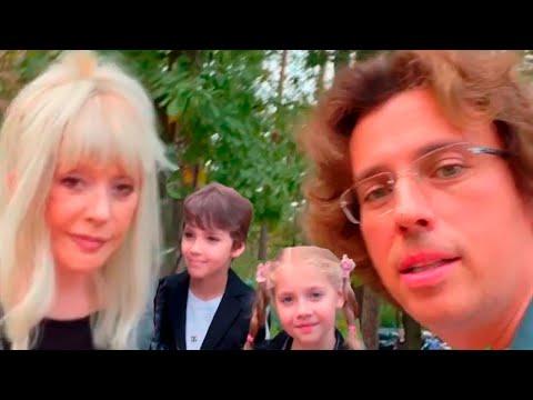 Креативщик Максим Галкин, красотка Алла Пугачева, неподражаемые Лиза и Гарри.