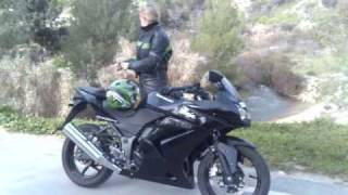 preview picture of video 'Bikers girl with ninja 250'