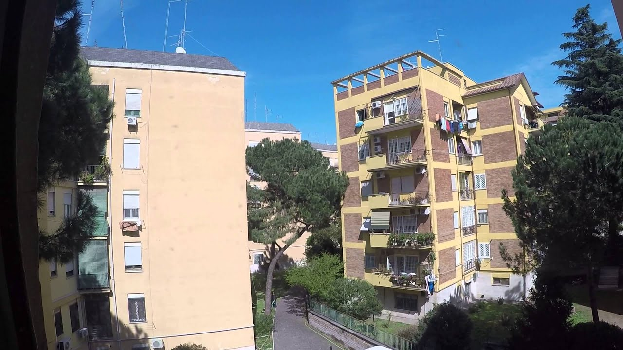 Couple-friendly rooms for rent in 3-bedroom apartment in Cinecitta