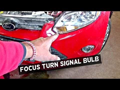 FORD FOCUS MK3 FRONT TURN SIGNAL LIGHT  BULB REPLACEMENT
