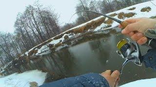МАРТ 2019 - ВЕСЕННЯЯ ЩУКА! Рыбалка на СПИННИНГ! Дикая МИКРО-РЕЧКА!