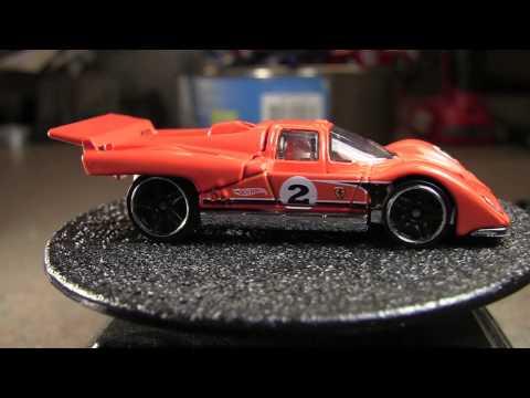 Hot Wheels : Ferrari 2013 5 Pack  330 P4, 512M, 612 Scaglietti, FF & FXX