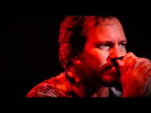 Pearl Jam - Getaway HD (Charlotte 10-30-13)