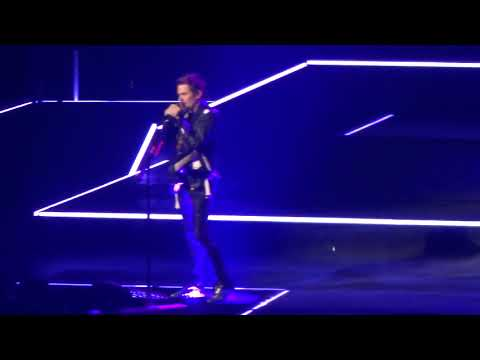 Muse - Pray / The Dark Side Live! [HD 1080p]