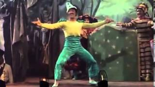 Be a Clown  The Pirate 1948)