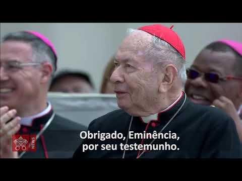 Papa Francisco parabeniza Cardeal Falcão, arcebispo emérito de Brasília