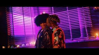 Kadr z teledysku Love Nwantiti tekst piosenki CKay