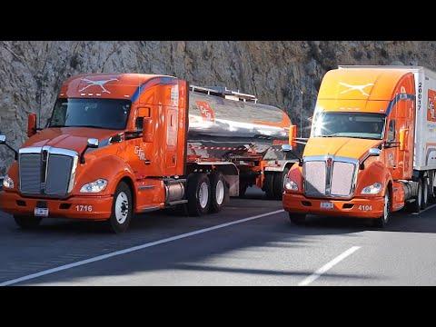 Autotransporte de carga terrestre