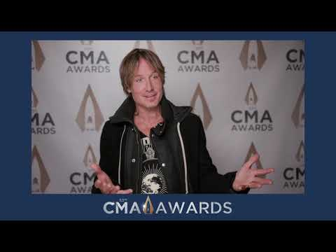 KEITH URBAN CHATS AFTER HIS REHEARSAL FOR TONIGHTS CMA AWARDS PERFORMANCE