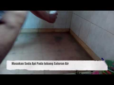 Video Saluran air mampet, pakai soda api