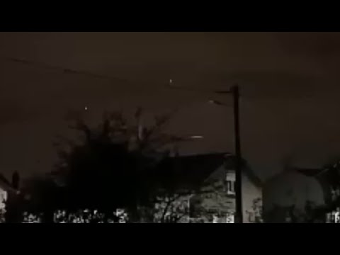 UFOs Sighted Over Paris, France ( November 7, 2020 )