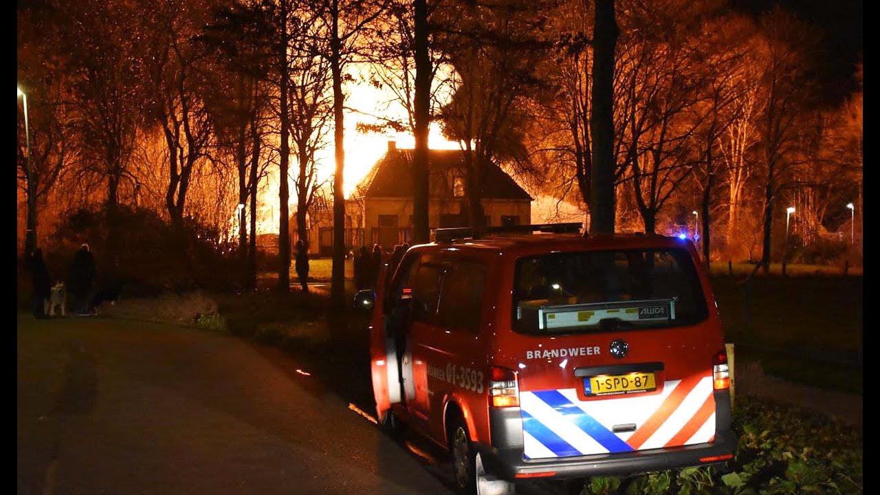 Monumentale boerderij uit 1834 door brand verwoest Groningen