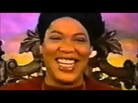 Ms Cleo Messes with Microsoft Scammers
