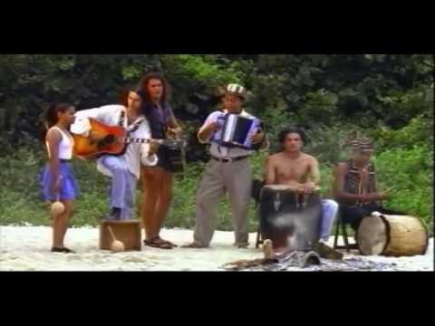 Carlos Vives - La Tierra del Olvido (Oficial) (1995)