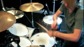 five minutes to midnight-boys like girls. willy vancourt drum cover.