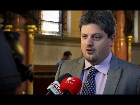 A Fidesz a saját esélyeihez szabja a közjogi rendszert