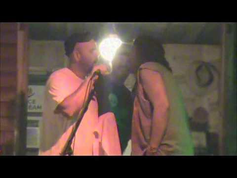 Jon Lykins singing the Star spangled banner