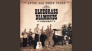 """Video thumbnail of """"The Bluegrass Diamonds - Daddy's Never Here"""""""